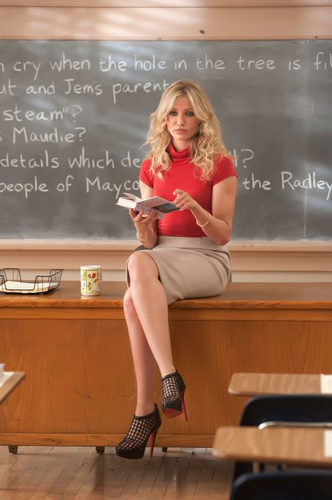Elizabeth Halsey (Cameron Diaz) ist wohl das Musterbeispiel für eine ganz und gar inkompetente Pädagogin: Sie säuft wie ein Loch, kifft und hat schl... - Bildquelle: 2011 Columbia Pictures Industries, Inc. All Rights Reserved.