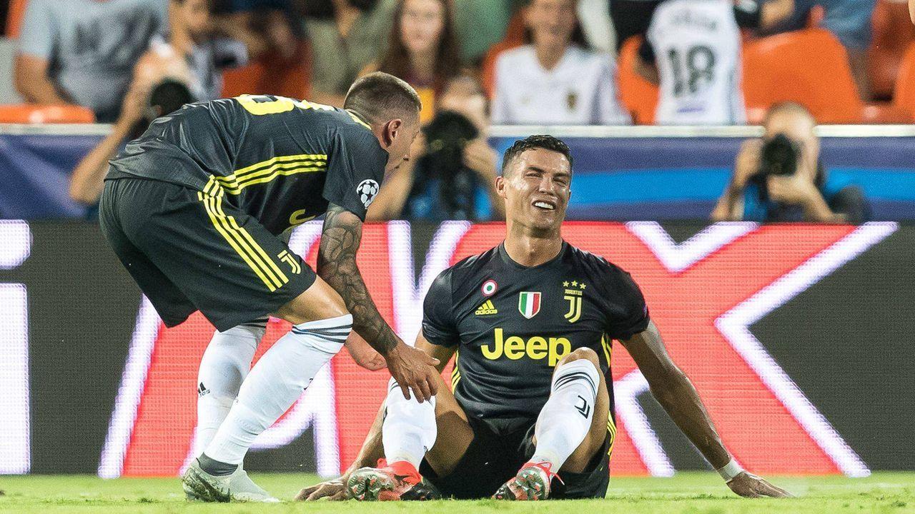 Cristiano Ronaldo sieht Rot - Bildquelle: imago/VI Images