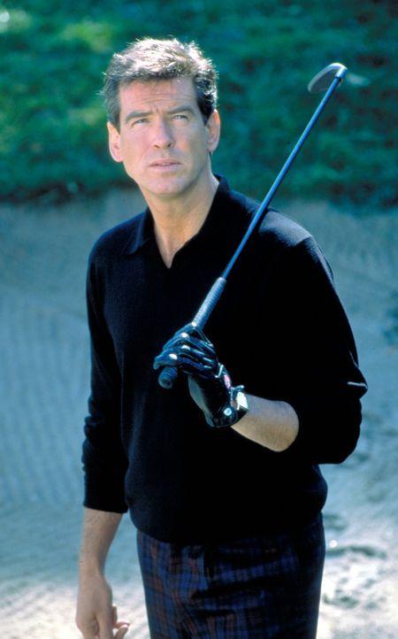 Der Selfmade-Millionär Thomas Crown (Pierce Brosnan) ist ein grandioser Kunstdieb. Dank eines raffiniert eingefädelten Ablenkungsmanövers gelingt... - Bildquelle: United Artists