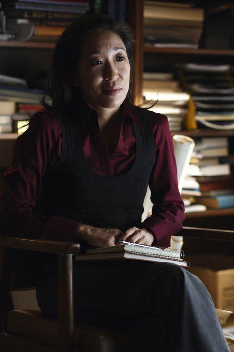 Unglücklicherweise muss Arthur die gerichtlich bestellte Psychiaterin Dr. Park (Sandra Oh) davon überzeugen, dass er keinen an der Klatsche hat. U... - Bildquelle: 2009 Darius Films Inc. All Rights Reserved.