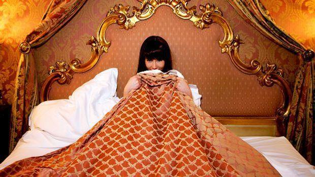 Was verrät das goldene Schlafzimmer über dieses Mädchen?