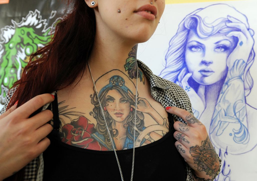 Tattoo12_dpa - Bildquelle: dpa
