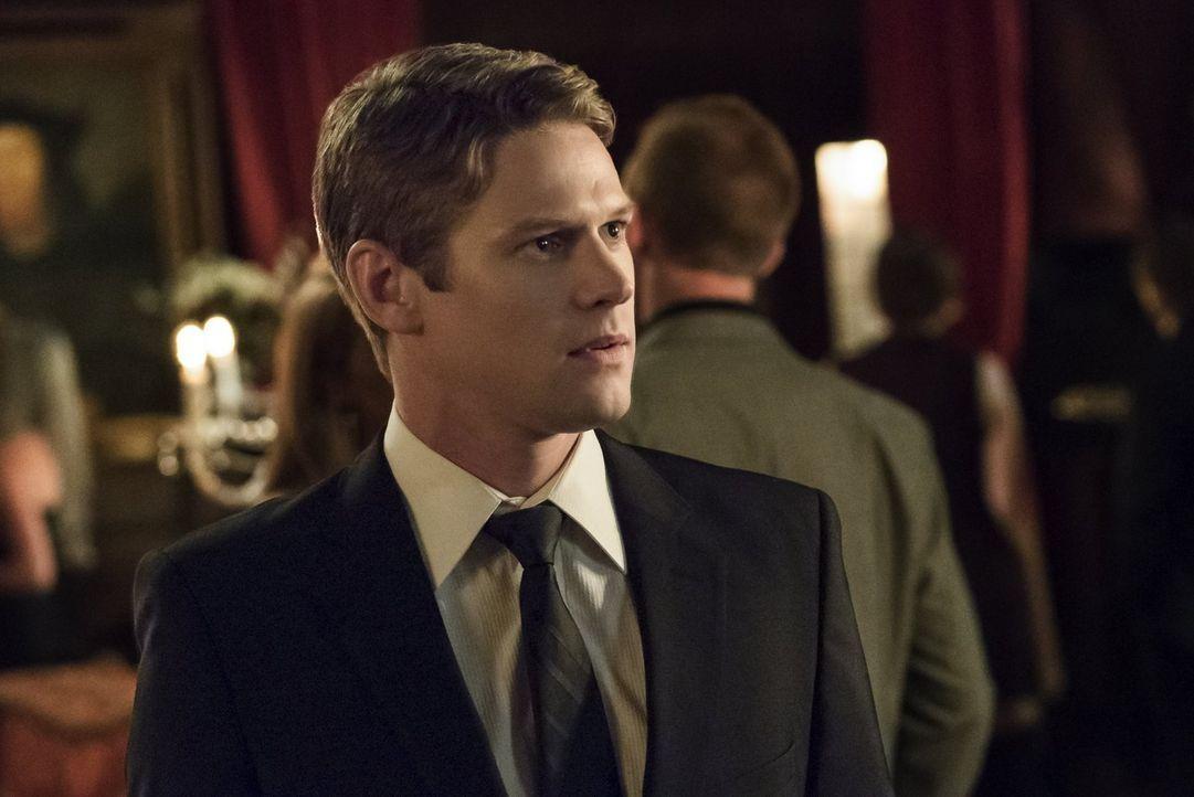 Während Matt (Zach Roerig) bei Lilys Dinnerparty alles im Blick behalten möchte, muss Alaric sich mit unerwarteten Folgen seines Handelns auseinande... - Bildquelle: Warner Bros. Entertainment, Inc.