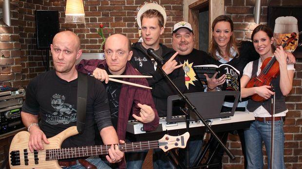 Die Band: (v.l.n.r.) Jürgen Vogel, Bernhard Hoëcker, Oliver Pocher, Dirk Bach...