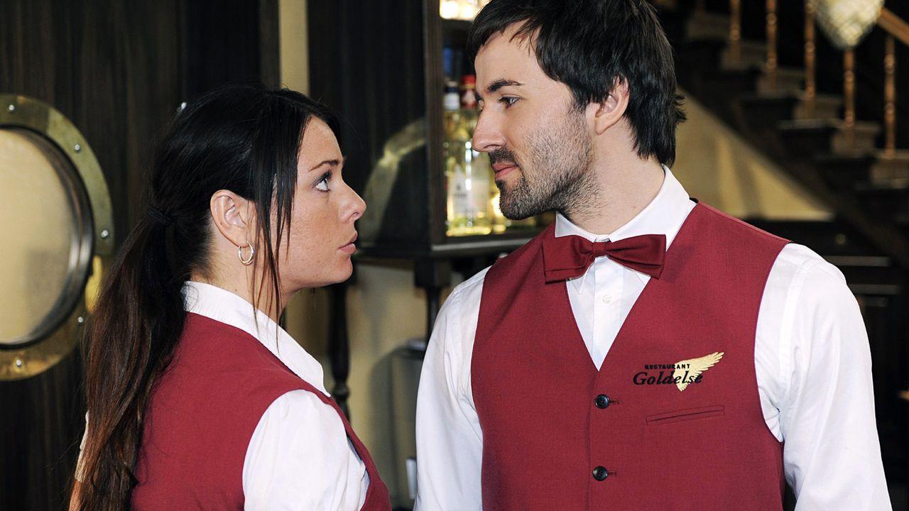 anna-und-die-liebe-Folge-230-02-SAT1-Oliver-Ziebe - Bildquelle: Oliver Ziebe