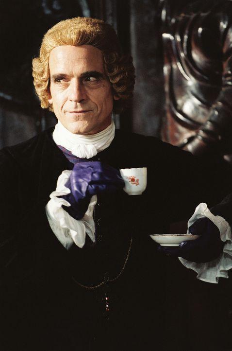 Die Inquisition, allen voran Bischof Pucci (Jeremy Irons), ist Casanova bereits dicht auf den Fersen und möchte ihn endlich hängen sehen ... - Bildquelle: Buena Vista Pictures. All rights reserved