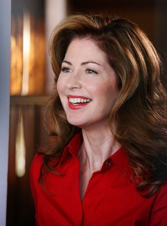 Ist überrascht als ihre Nachbarinnen plötzlich vor der Tür stehen. Doch kann Katherine (Dana Delany) ihr Geheimnis noch länger vor ihnen verheimlich... - Bildquelle: ABC Studios