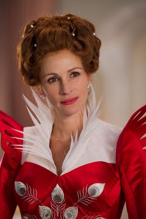Eine mächtige Frau, die Königin (Julia Roberts), aber leider total pleite ... - Bildquelle: Jan Thijs @studiocanal