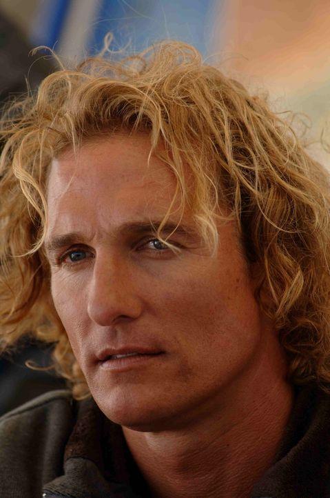 Der Surf-Profi Steve Addington (Matthew McConaughey) ist pleite und entschließt sich dazu, sich an die Fernseh- und Videospielbranche zu verkaufen....
