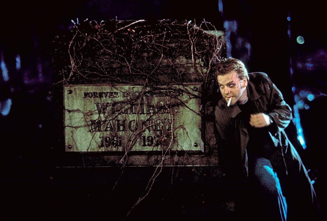 Nach einem waghalsigen Experiment mit dem Tod wird Nelson Wright (Kiefer Sutherland, r.) von seiner Vergangenheit eingeholt ... - Bildquelle: Columbia Pictures
