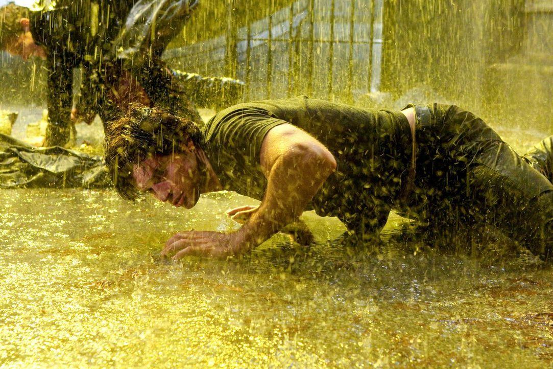 Wird Clark (Tom Welling) die epische Schlacht gegen den Superschurken Zod gewinnen können? - Bildquelle: Warner Bros.