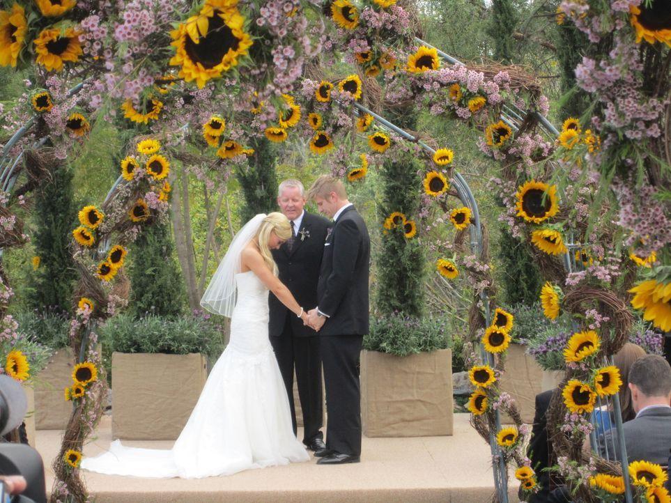 (4. Staffel) - Die perfekte Hochzeit wünscht sich jede Braut und Dank des Wedding-Planers David Tutera geht dieser Traum auch in Erfüllung ... - Bildquelle: 2012 PilgrimStudios