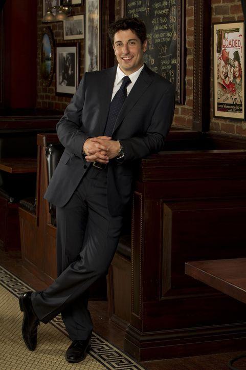 (1. Staffel) - Anwalt und ein hoffnungsloser Romantiker: Ben Parr (Jason Biggs) ... - Bildquelle: CPT Holdings, Inc. All Rights Reserved.