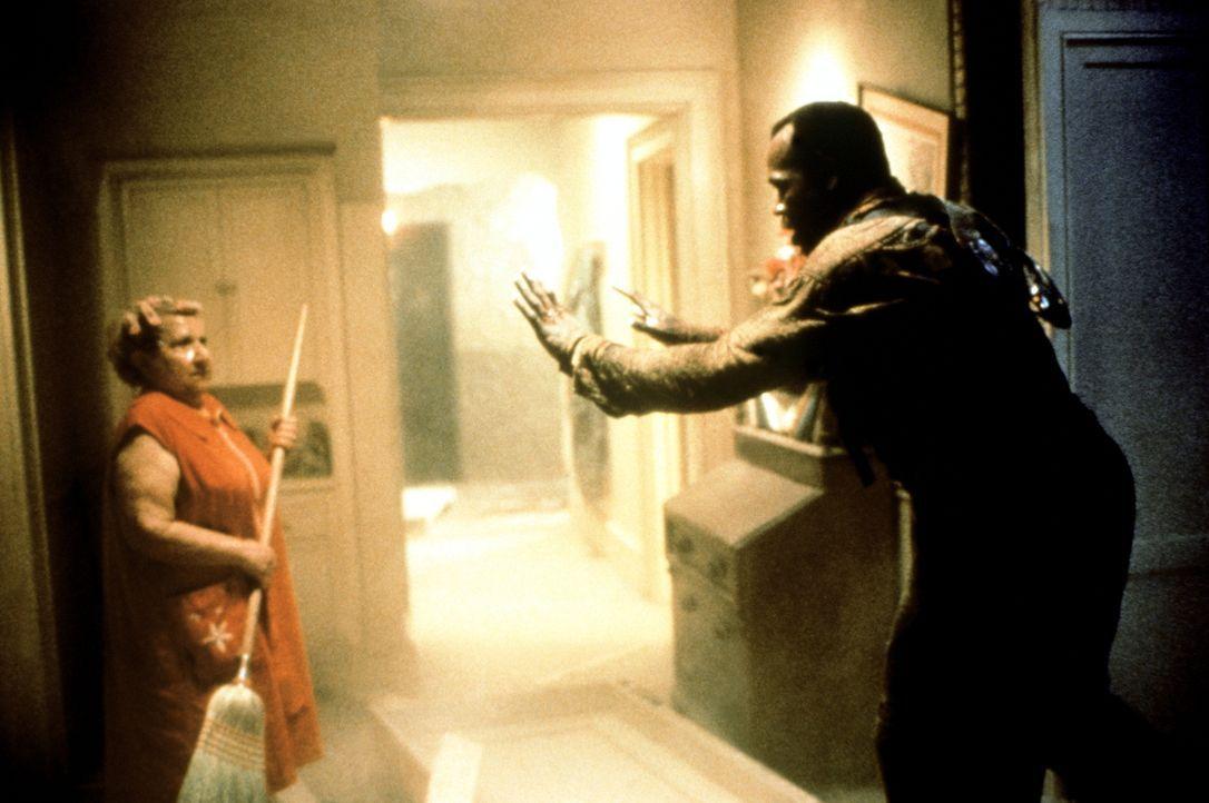 Im dem Straßenkrieg, der zwischen der Polizei und den Drogenhändlern von Los Angeles tobt, mischt plötzlich eine dritte Partei mit. Detective Harrig... - Bildquelle: 1990 Twentieth Century Fox Film Corporation.