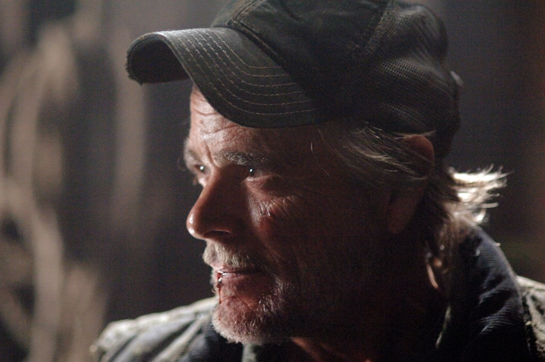 Führt nichts Gutes im Schilde: Der mysteriöse Farmer Jonah Greely (Winston Rekert) ... - Bildquelle: Warner Bros. Television