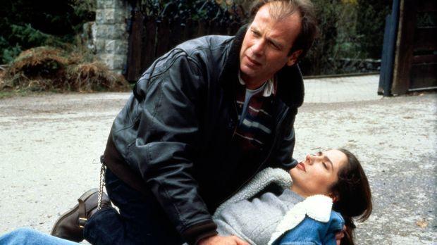 Valentin (Wolfgang Fierek, l.) ist verzweifelt. Nachdem Hanna und er sich ent...