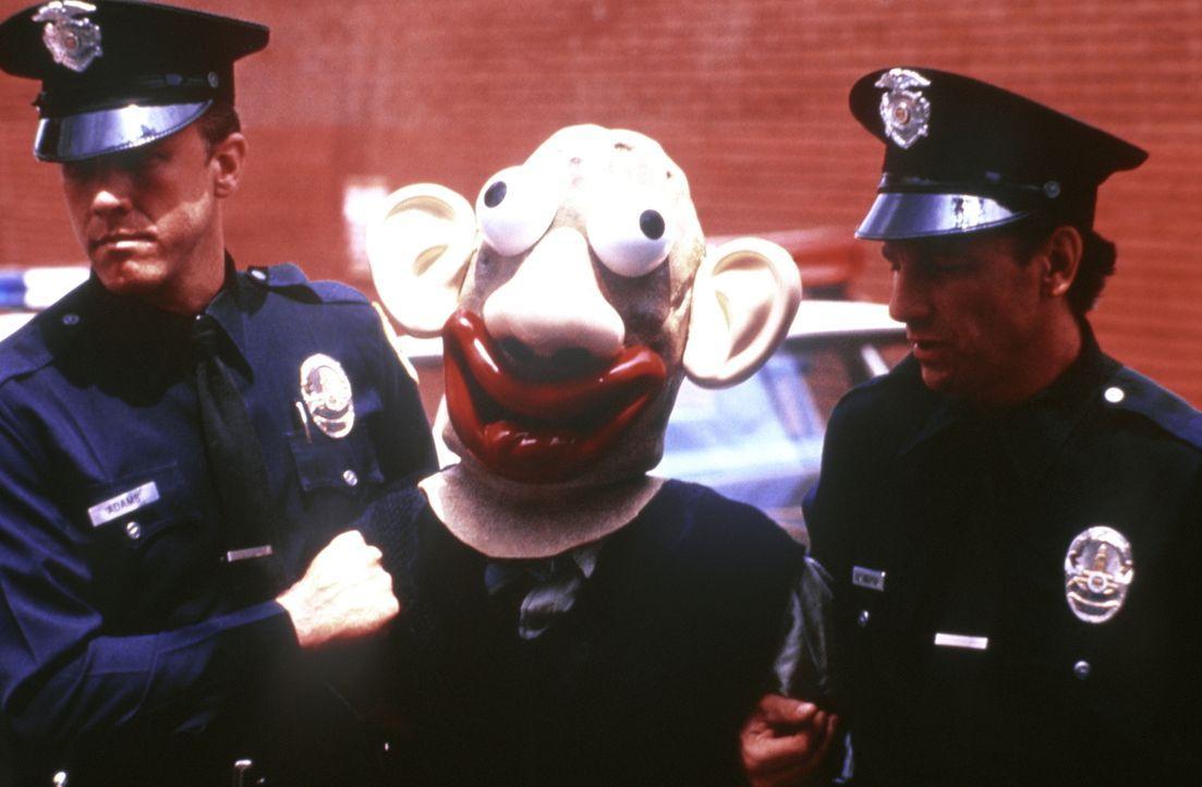 Dümmer als die Polizei erlaubt: Die Super-Cops greifen da hart durch ... - Bildquelle: Warner Brothers