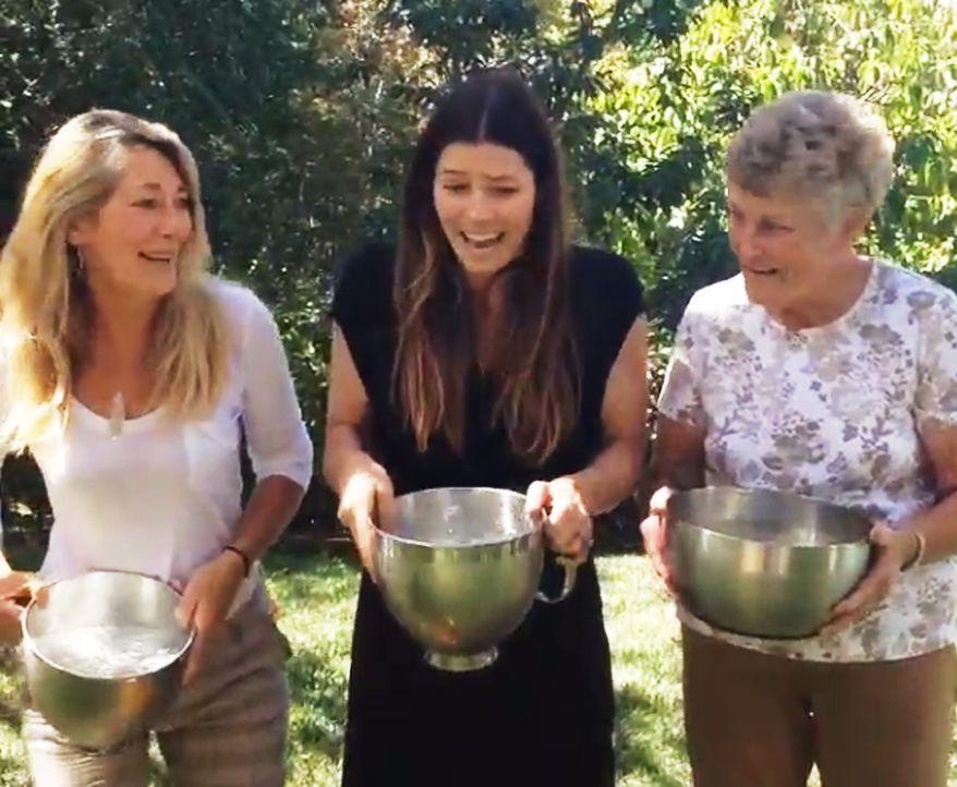 Jessica-Biehl-Ice-Bucket-Challenge-vorher-Instagram-jessicabiehl - Bildquelle: Instagram/jessicabiehl