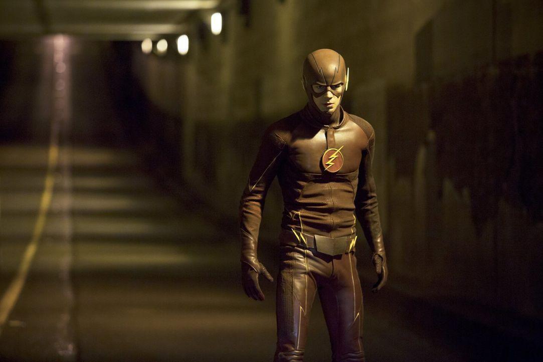 Muss sich mit einem neuen Metawesen auseinandersetzen: Barry alias The Flash (Grant Gustin) ... - Bildquelle: Warner Brothers.