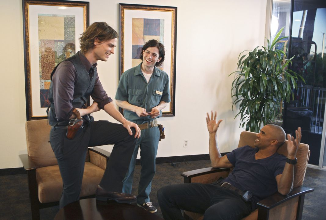"""Bei den """"Dreharbeiten zu Criminal Minds"""" ... - Bildquelle: Touchstone Television"""