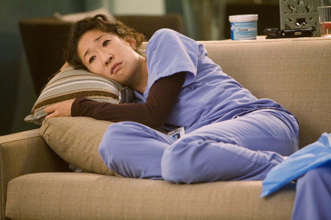 Ist in ihrem neuen Aufgabenbereich in der Dermatologie nicht glücklich: Cristina (Sandra Oh) ... - Bildquelle: Touchstone Television