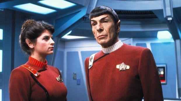Durch Kirks Erzfeind Khan gerät das Raumschiff Enterprise in Gefahr. Mr. Spoc...