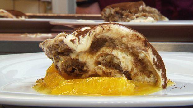 Vanilletiramisu auf Orangenspiegel zum Dessert