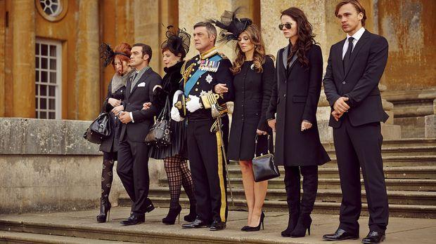 Eine erschütternde Nachricht erreicht das Königshaus: (v.l.n.r.) Prinzessin M...