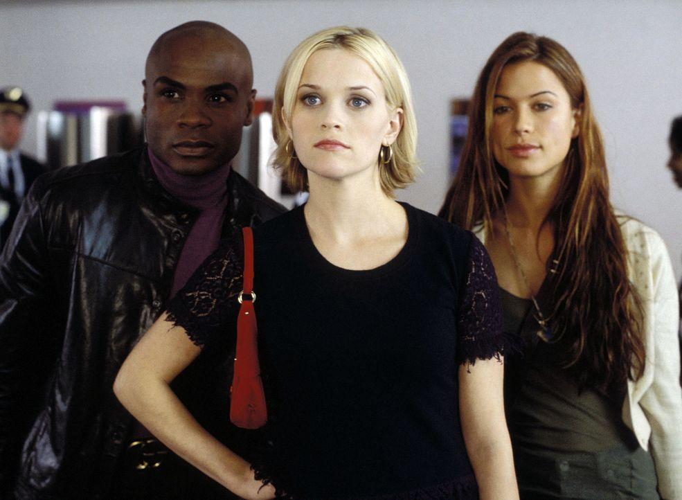 Als Melanies (Reese Witherspoon, M.) neuer Freund um Ihre Hand anhält, gibt es ein kleines Problem, denn sie muss sich von ihrem Noch-Ehemann Jake... - Bildquelle: Touchstone Pictures