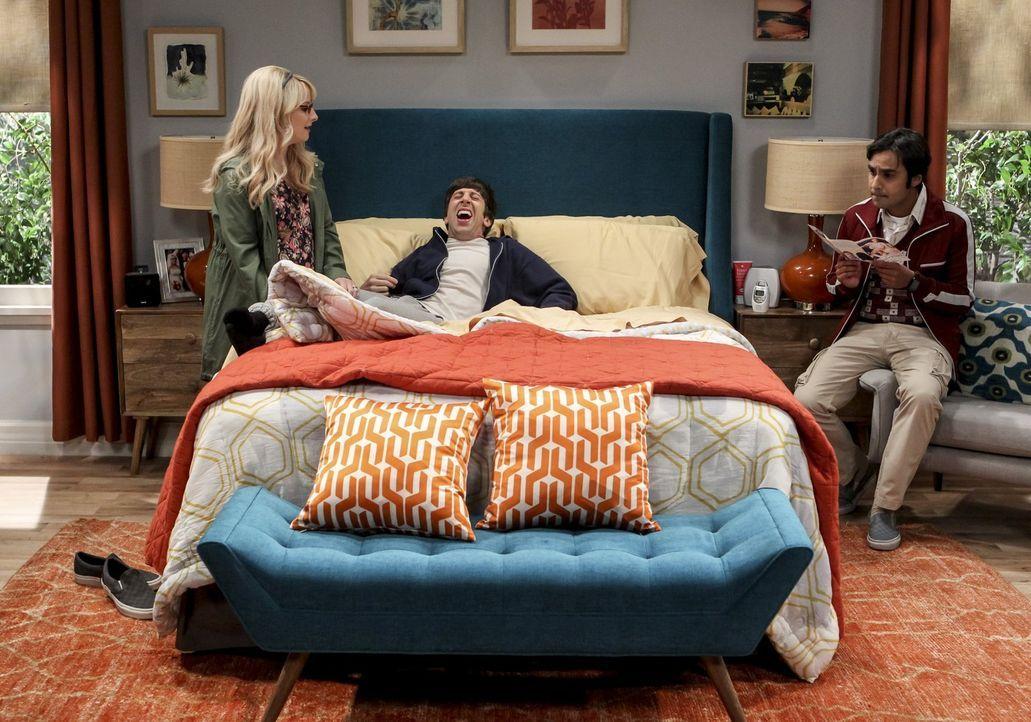 Noch ahnen Bernadette (Melissa Rauch, l.) und Raj (Kunal Nayyar, r.) nicht, dass Howard (Simon Helberg, M.) schon bald nicht mehr der einzige ist, d... - Bildquelle: Warner Bros. Television