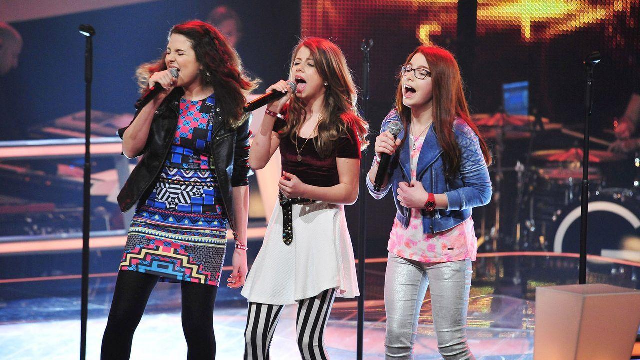 The-Voice-Kids-Stf02-Epi05-Chiara-Alex-Amina-3-SAT1-Andre-Kowalski - Bildquelle: SAT.1/Andre Kowalski