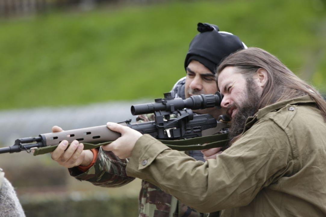 In einer Taliban-Festung stößt die CIA auf einen amerikanischen Taliban. Die USA muss sich eingestehen, dass Terrorismus auch aus dem eigenen Land k... - Bildquelle: WMR