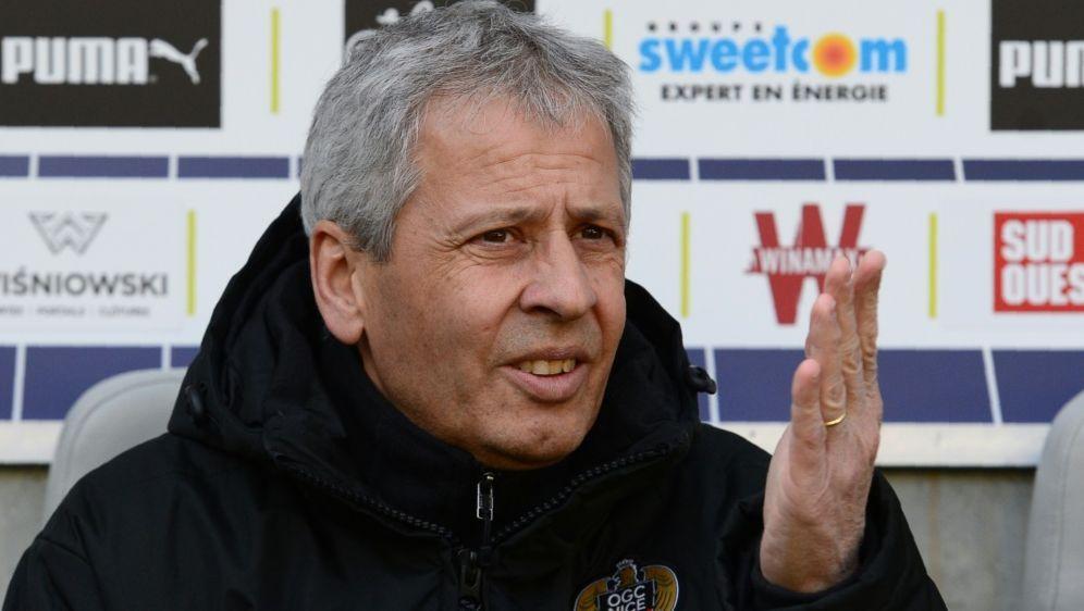 Wohl neuer BVB-Coach: Lucien Favre - Bildquelle: AFPSIDNICOLAS TUCAT