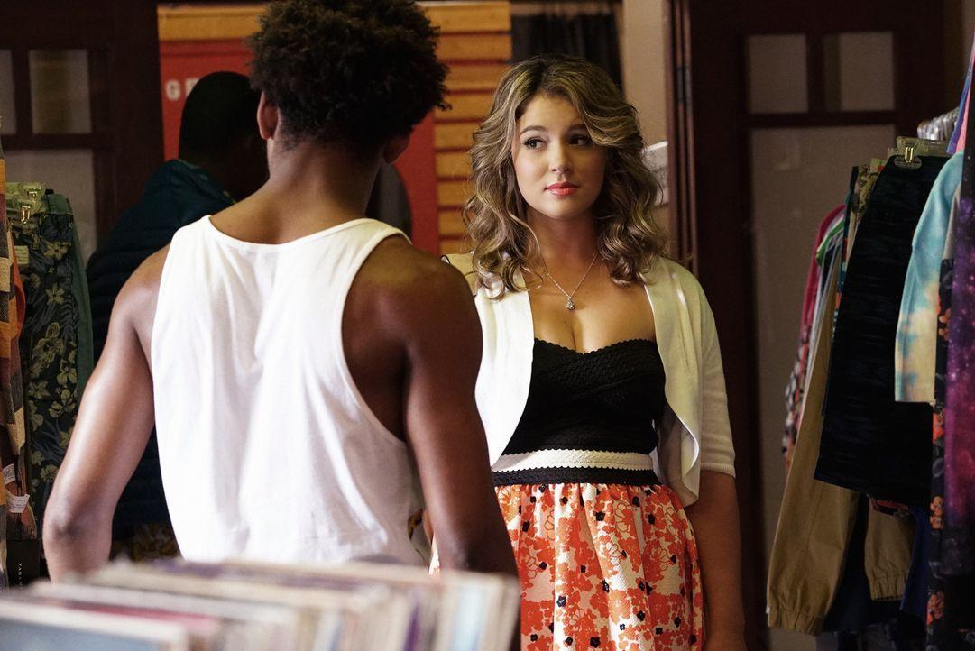 Lindsay (Kether Donohue) soll Gretchen bei ihrer Arbeit vertreten. Ist das wirklich eine gute Idee? - Bildquelle: 2015 Fox and its related entities.  All rights reserved.