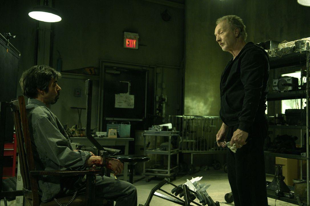 """""""Das Spiel ist noch lange nicht zu Ende!"""": Cecill (Billy Otis, l.) in der Gewalt von Jigsaw John Cramer (Tobin Bell, r.) ... - Bildquelle: 2007 Lionsgate, Twisted Pictures"""
