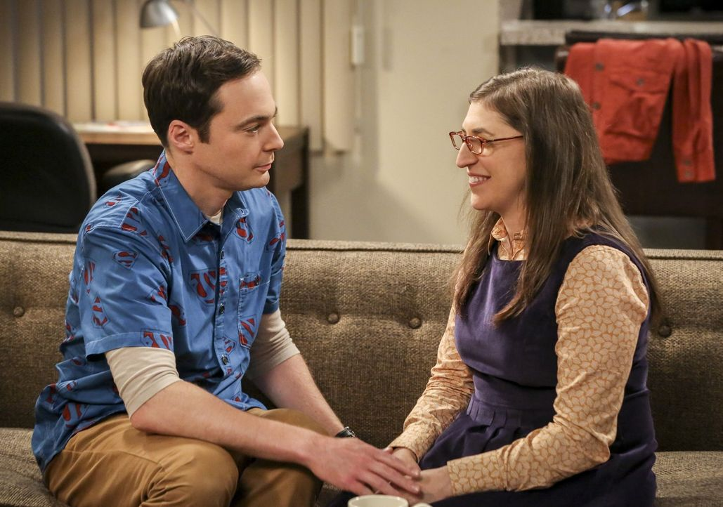 Sheldon (Jim Parsons, l.) erhält von Amy (Mayim Bialik, r.) die langersehnte Antwort auf seinen Heiratsantrag ... - Bildquelle: Warner Bros. Television