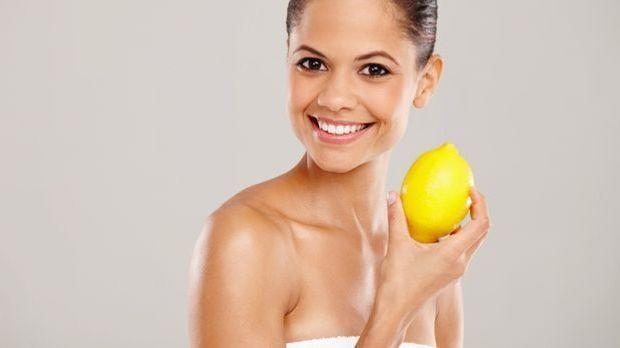 Natürliches Beautymittel Zitrone: schöne Haare, gesunde Nägel, reine Haut - d...