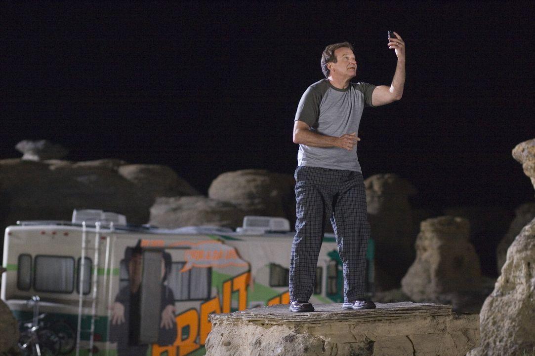 Der gestresste Familienvater Bob (Robin Williams) macht mit seinen Lieben einen Ausflug in die Rocky Mountains. Pannen am laufenden Band sind bei de... - Bildquelle: Sony Pictures Television International. All Rights Reserved.