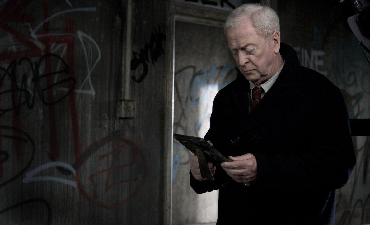 Witwer Harry Brown (Michael Caine) verliert seinen einzigen Freund an eine brutale Gang. Nun gibt's nichts mehr, was ihn am Leben hängen lässt. Desh... - Bildquelle: Ascot Elite Home Entertainment GmbH