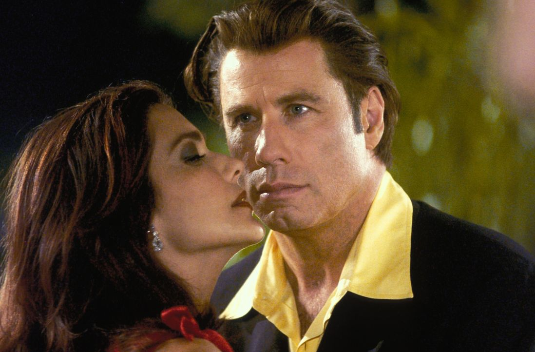 Frank Castle will Howard Saint (John Travolta, r.) das nehmen, was diesem am wichtigsten ist: sein Geld, das Vertrauen in seine rechte Hand Quentin... - Bildquelle: Sony Pictures Television International. All Rights Reserved.