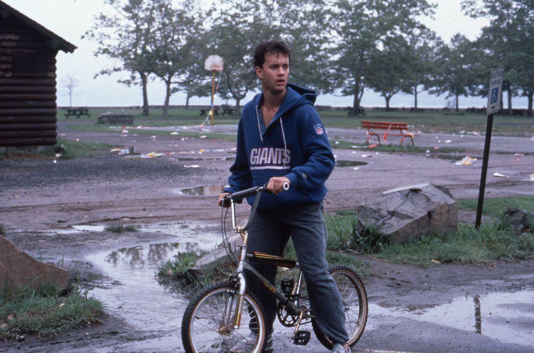 Auf der Flucht vor seinem eigenen Schatten: Josh (Tom Hanks) ... - Bildquelle: 20th Century Fox Film Corporation