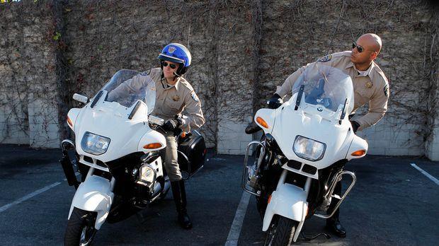 Ermitteln undercover bei der California Highway Patrol: Callen (Chris O'Donne...