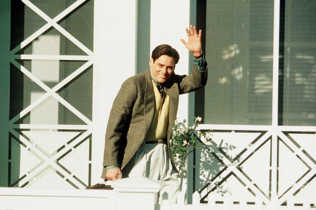 Obwohl inzwischen erwachsen, ahnt Truman Burbank (Jim Carrey) immer noch nicht, Star einer täglichen Show zu sein ... - Bildquelle: Paramount Pictures