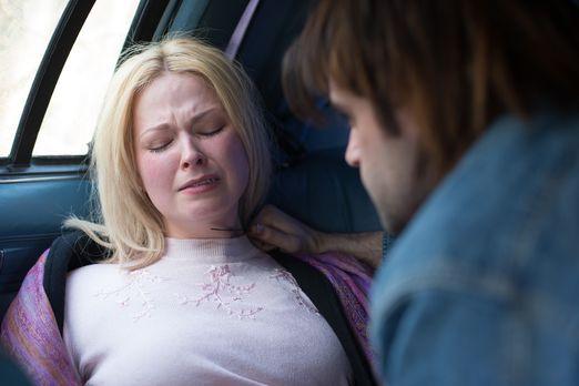 Surviving Evil - Schnell wird Sandie bewusst, dass sie mit einem kleinen Läch...