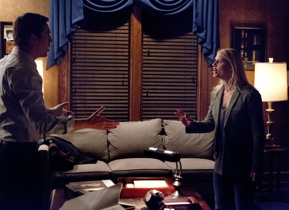 Brody (Damian Lewis, l.) willigt ein, mit Carrie (Claire Danes, r.) und Quinn zu kooperieren, um einen Anschlag auf amerikanischem Boden zu verhinde... - Bildquelle: 20th Century Fox International Television
