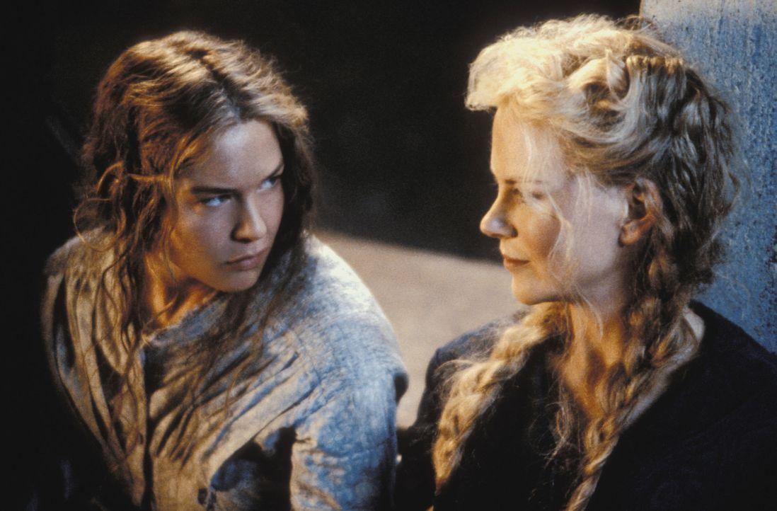 Der Krieg hat überall Angst, Hunger und Gewalt gesät. An der Heimatfront muss sich auch Ada (Nicole Kidman, r.) mit dem Krieg auseinandersetzen. Sie... - Bildquelle: Phil Bray MIRAMAX Films/Dimension Films. All Rights Reserved.