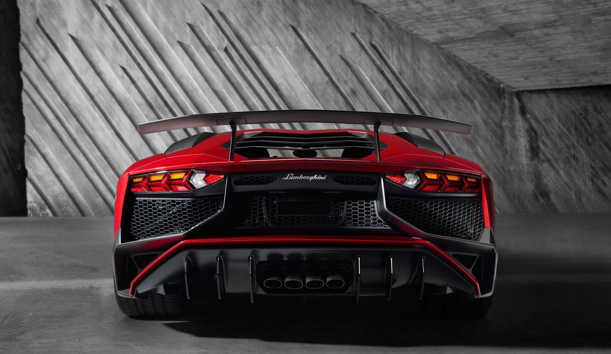 Lamborghini Aventador Superveloce (8)