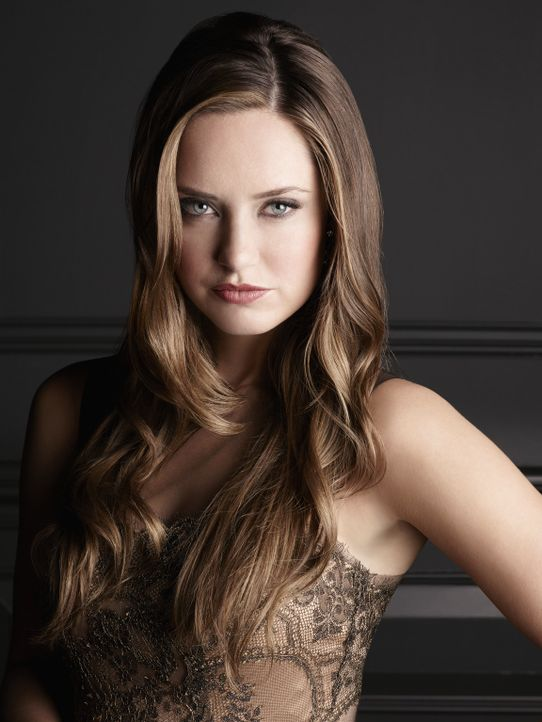 The Royals - Die Bilder zur neuen ProSieben Serie - Ophelia Price - Merritt Patterson - Bildquelle: 2014 E! Entertainment Media LLC/Lions Gate Television Inc.