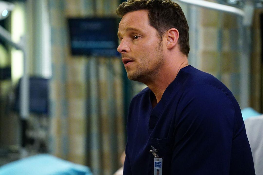 Kämpft um das Leben eines Patienten: Alex (Justin Chambers) ... - Bildquelle: Richard Cartwright ABC Studios