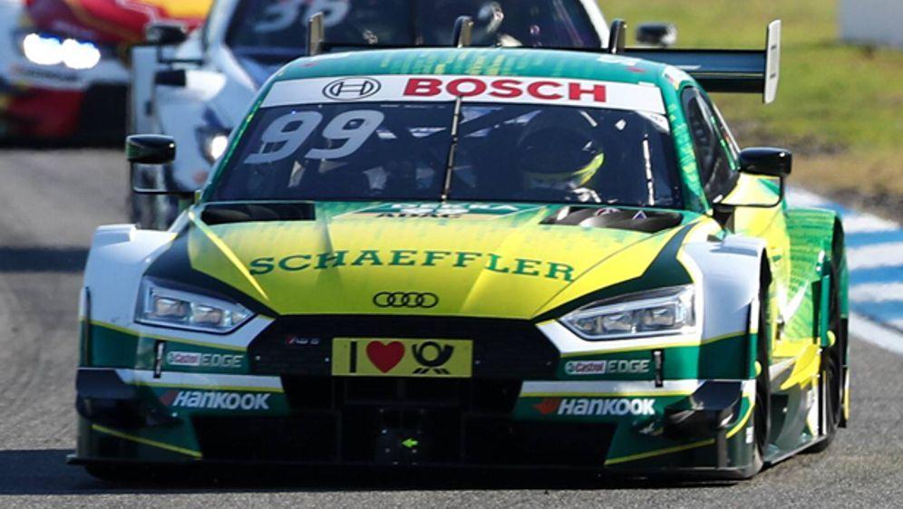 Der Schnellste im freien Training am Nürburgring: Mike Rockenfeller - Bildquelle: imago/HochZwei